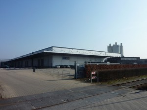 164 1999 03 warehouse-2